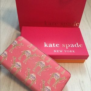 KATE SPADE CAMEL MARCH LACEY WALLET & BEAR SCARF